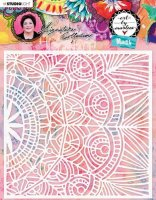 Doily lace pattern stencil Art By Marlene 5.0 nr 02 - Schablon från Studio Light