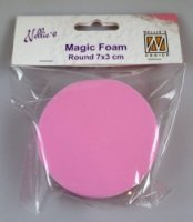 Magic foam block circle - En rund skumgummiform från Nellie Snellen 7 cm i diameter, 3 cm tjock